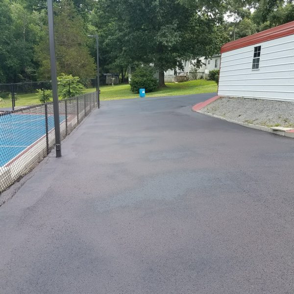 Asphalt Sealcoating in Richmond